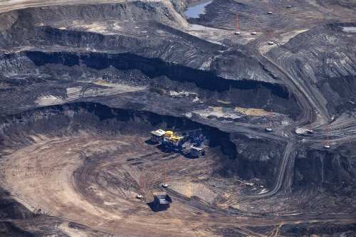 Can Oil Sands Pay Off at Just $50 a Barrel?