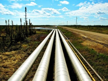 Canada's oil transport shortage solved by new pipelines, reduced demand
